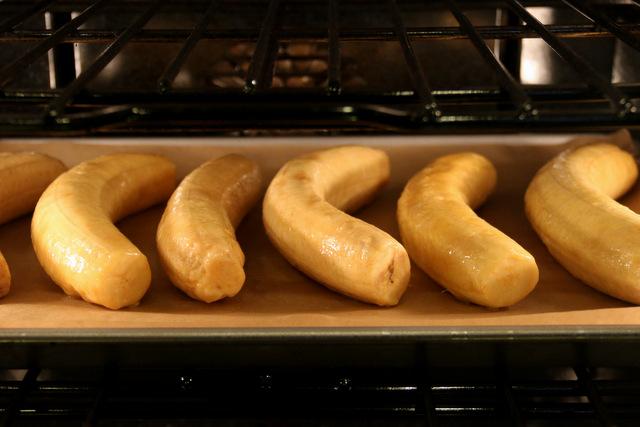 在400F的预热烤箱中烘烤约25-30分钟