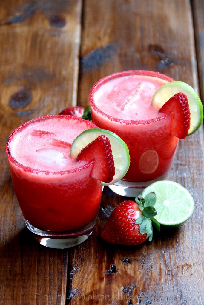 新鲜草莓玛格丽达酒