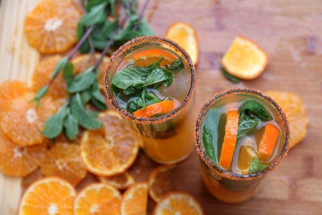 橘子莫希托鸡尾酒