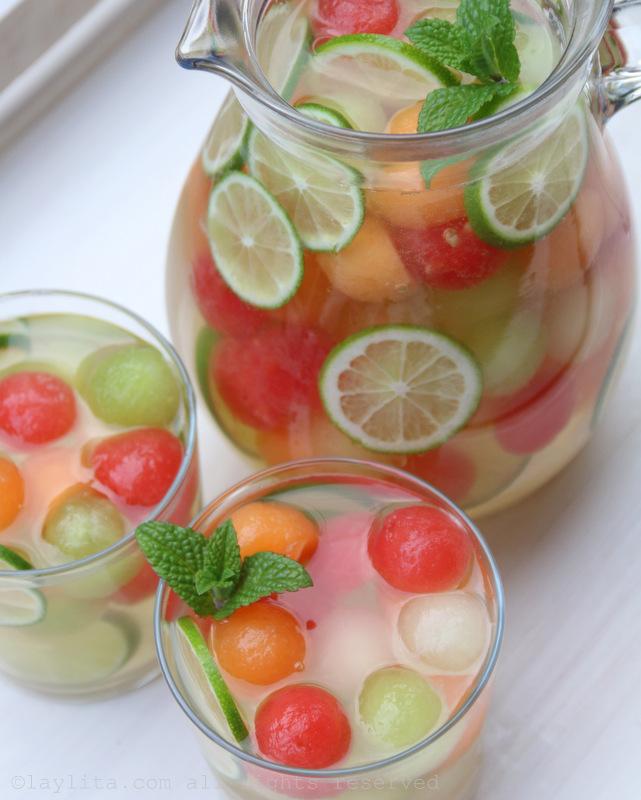 甜瓜莫斯卡托桑格利亚酒的配方