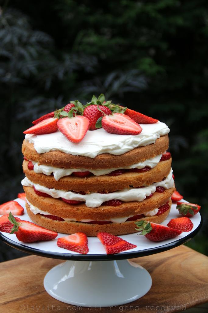 草莓夹心蛋糕食谱