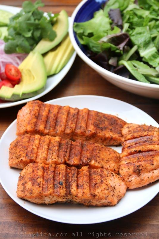 烤鱼清爽沙拉