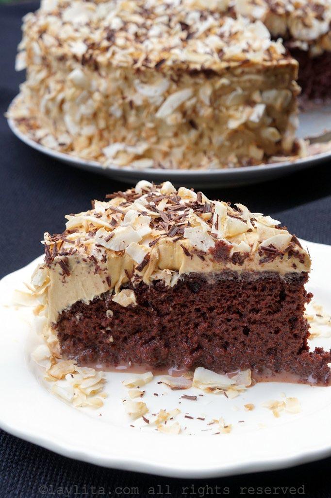 巧克力三奶蛋糕配焦糖霜
