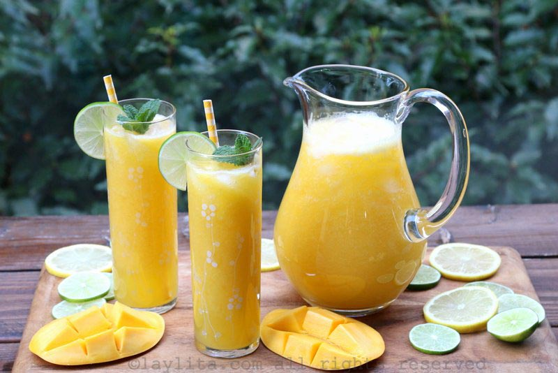 芒果柠檬汁或柠檬汁
