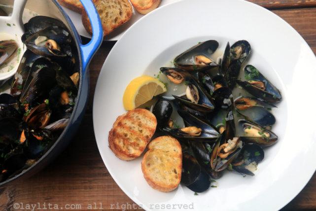 法式白葡萄酒奶香淡菜(Mussells or Moules Marinière)